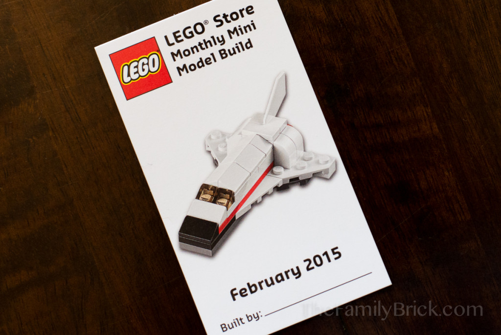 LEGO-monthly-mini-build-february-2015-space-shuttle-1