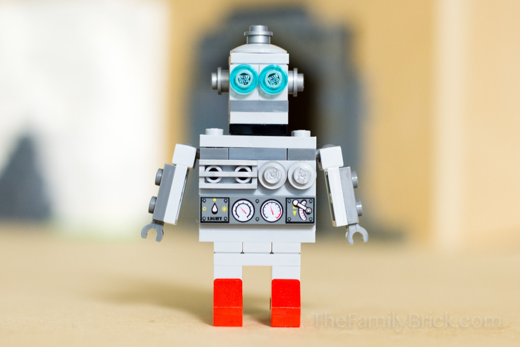 LEGO Monthly Mini Build March 2015 Robot