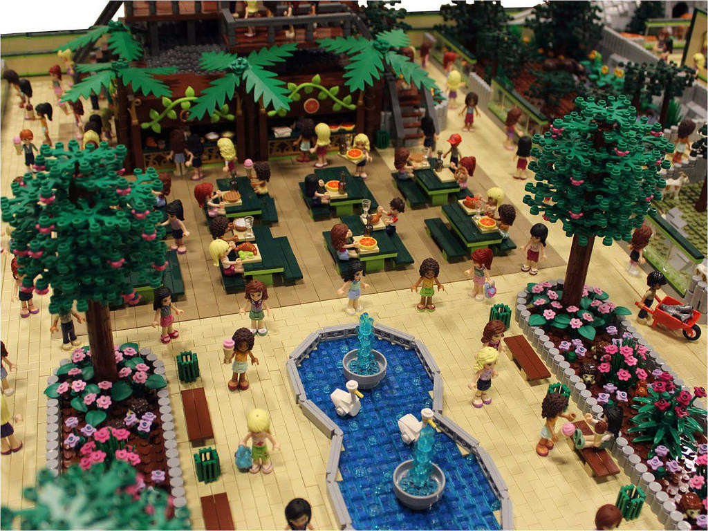 LEGO Friends Animal Park by Anne Mette V 3