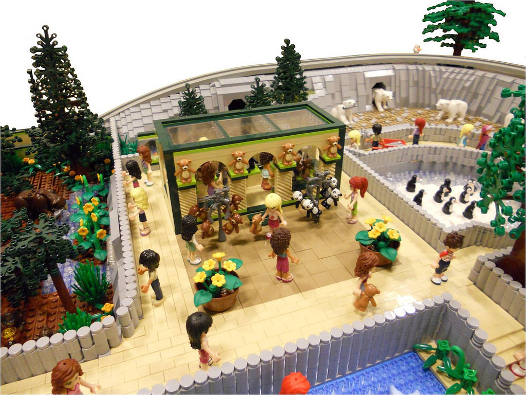 LEGO Friends Animal Park by Anne Mette V 4