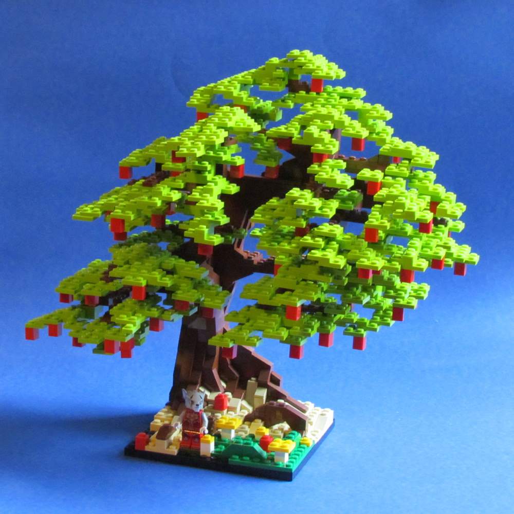 LEGO Apple Tree by Mike Nieves on flickr