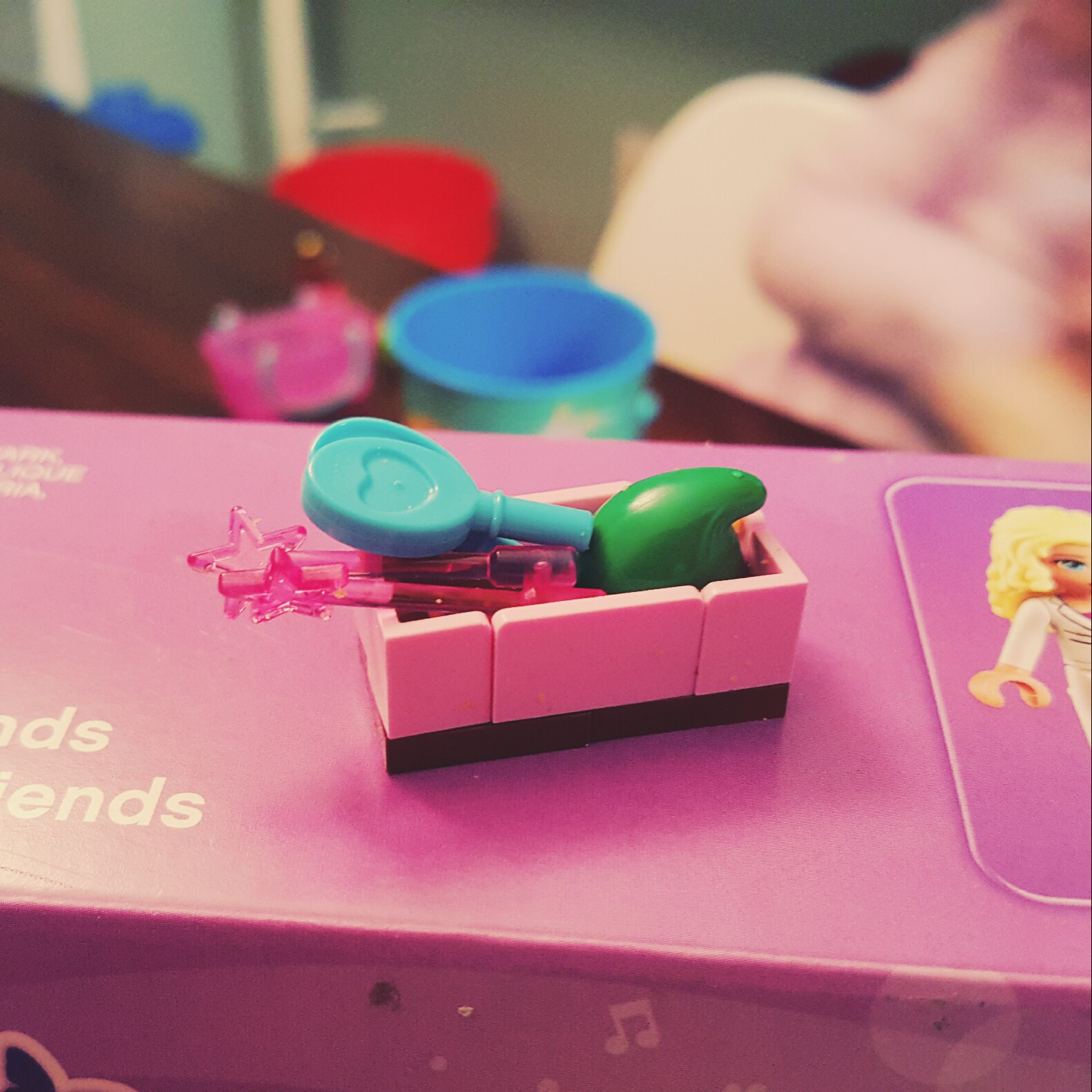 Day 11 Container with Accessories from LEGO Friends Advent Calendar