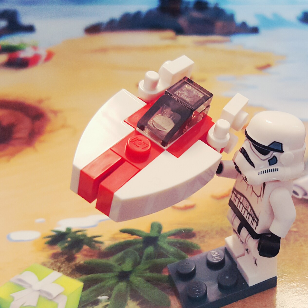 Day 16 A-wing LEGO Star Wars Advent Calendar - The Family Brick