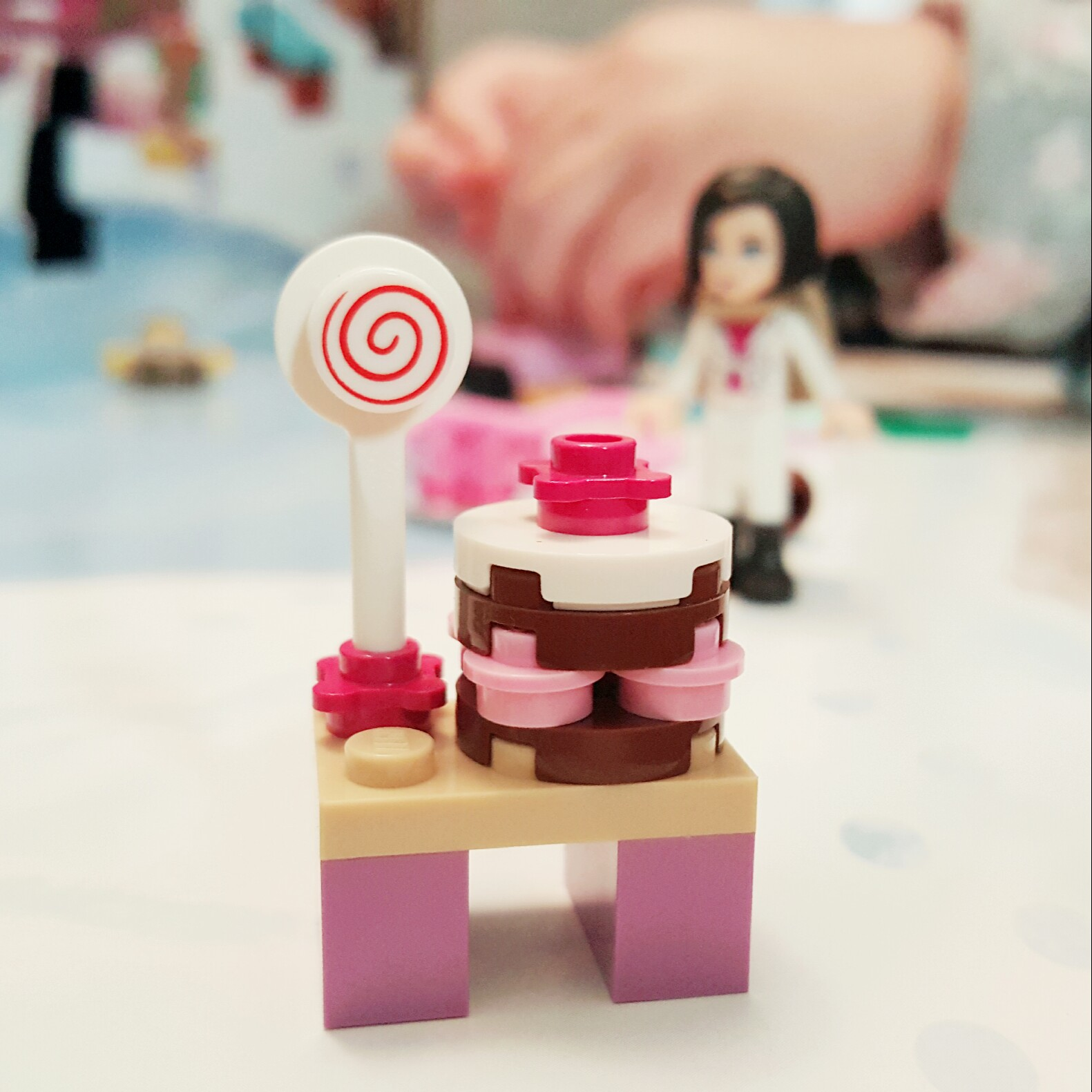 """""""Sweets!"""" - Day 16 Cake and Lollipop Stand from LEGO Friends Advent Calendar"""