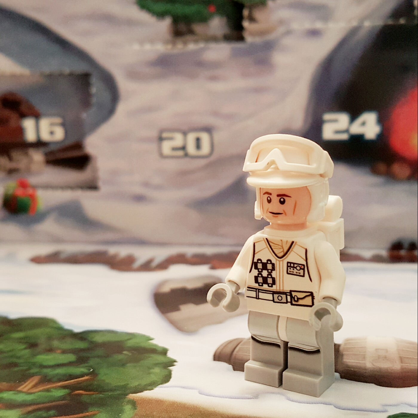Day 17 Hoth Rebel Trooper from LEGO Star Wars Advent Calendar