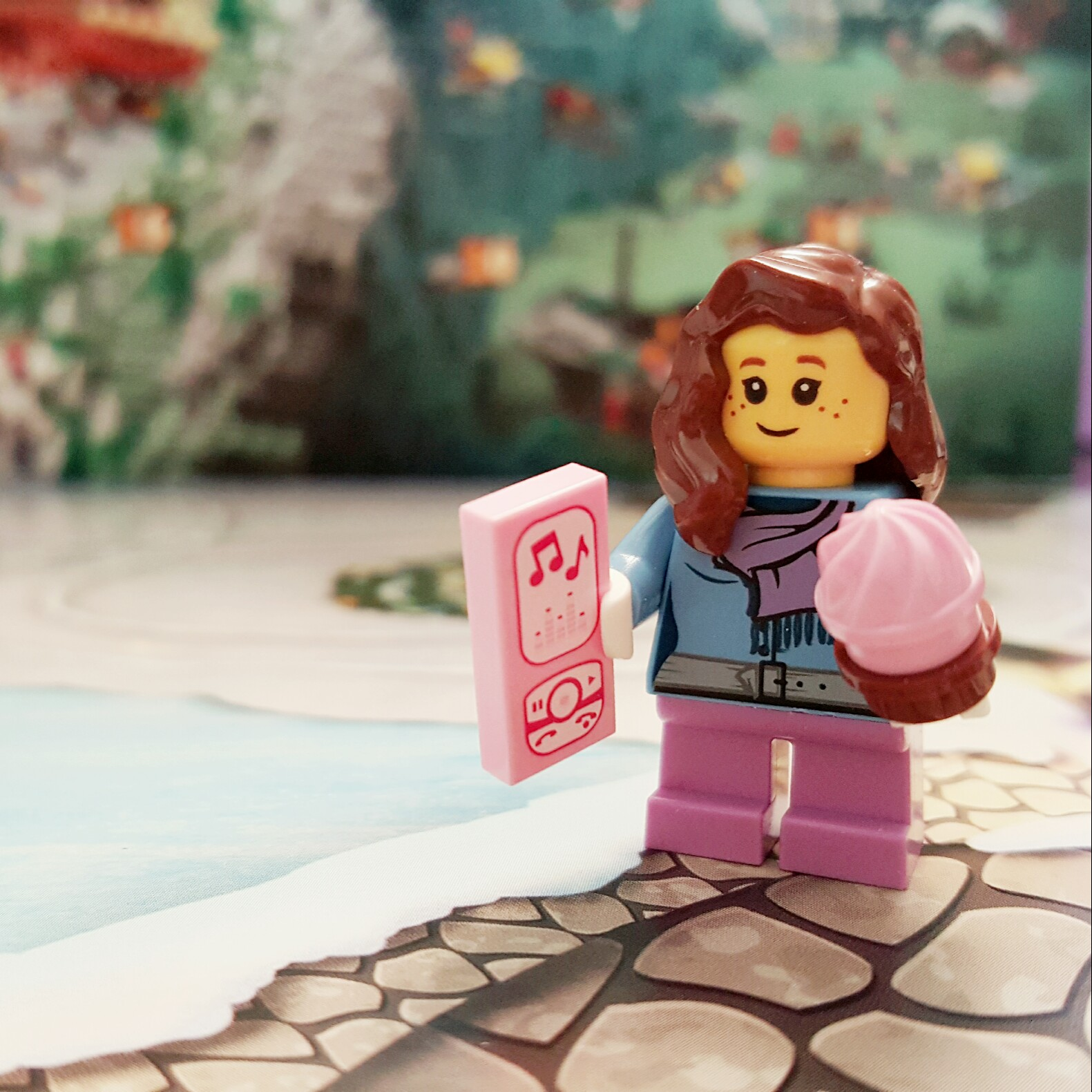 Cupcakes and Music - Day 19 Girl Minifigure from LEGO City Advent Calendar