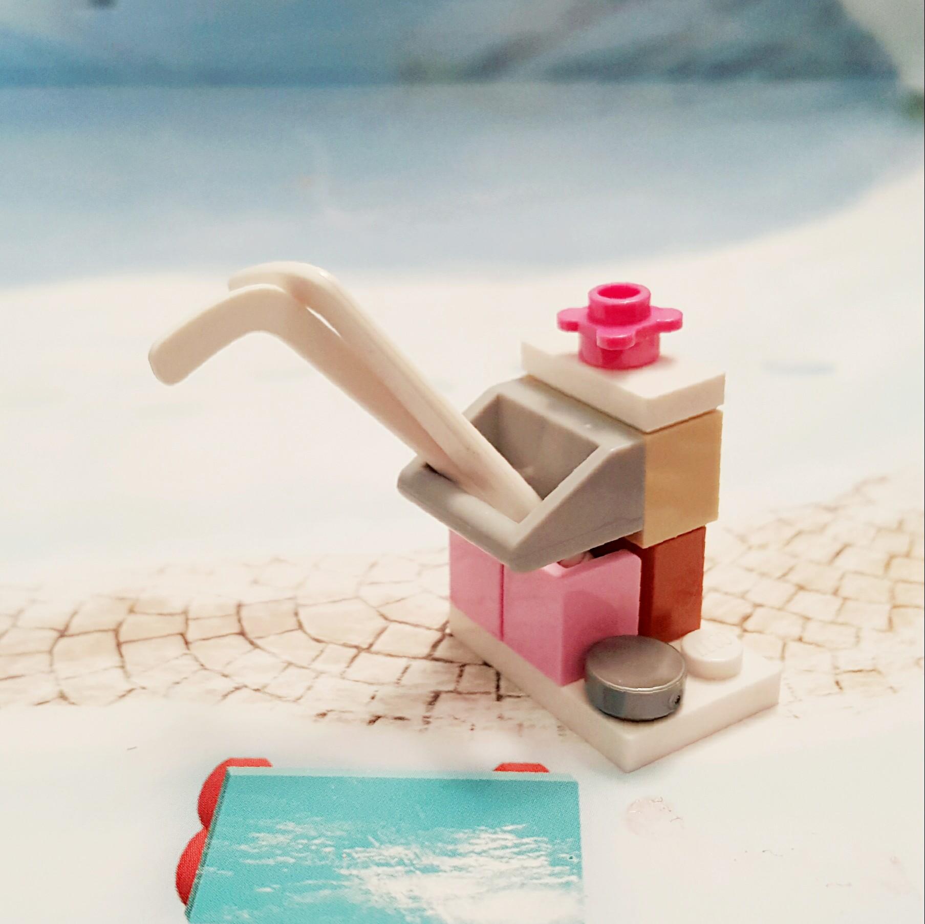 Day 19 Hockey Sticks & Stand from LEGO Friends Advent Calendar