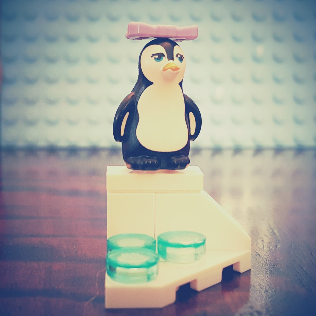 Day 24 Penguin from LEGO Friends Advent Calendar