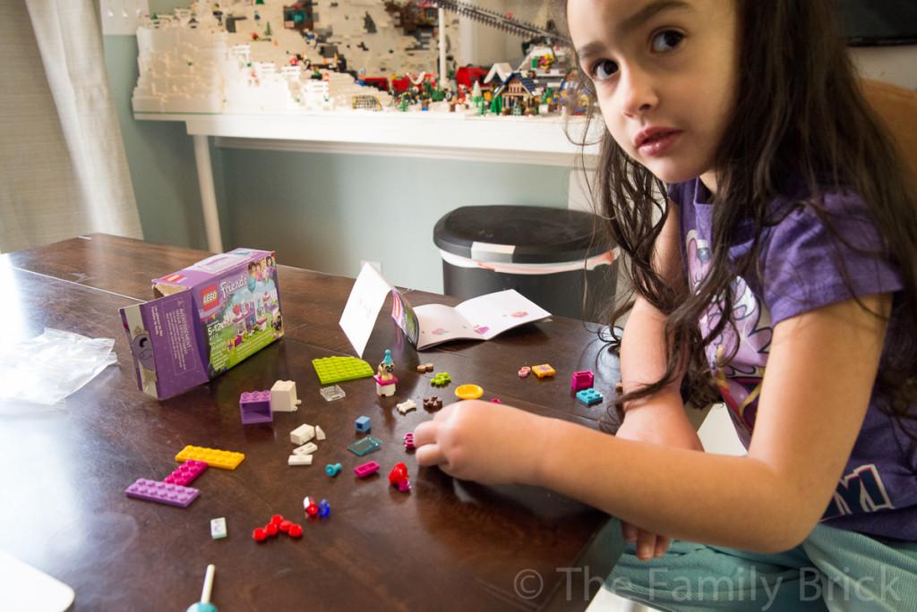 LEGO Friends Party Cakes Set 41112 Review